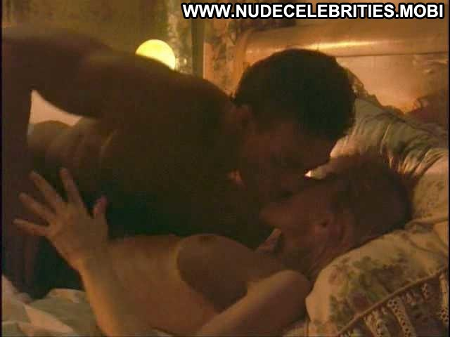 Rosanna Arquette Nowhere To Run Bed Bra Posing Hot Famous Actress