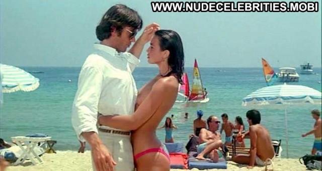 Valerie Kaprisky L Annee Des Meduses Bikini Beach Topless Famous