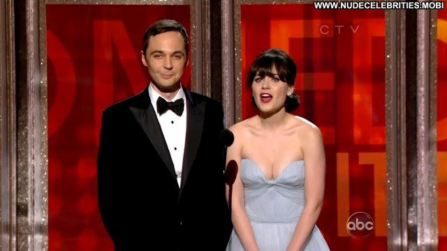 Zooey Deschanel The        Th Annual Primetime Emmy Awards Stage Big