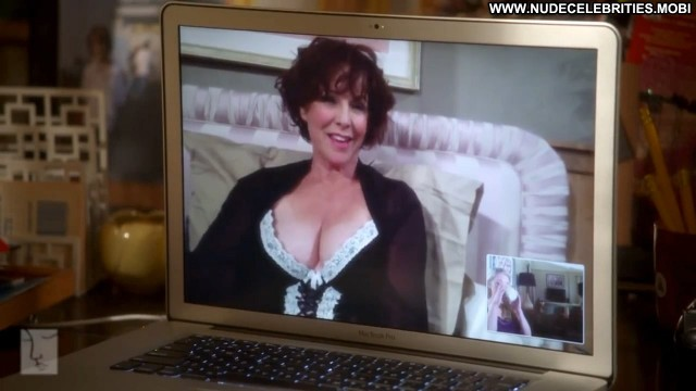 Kathleen Quinlan Blue Foxy Celebrity Actress Famous Bed Nice
