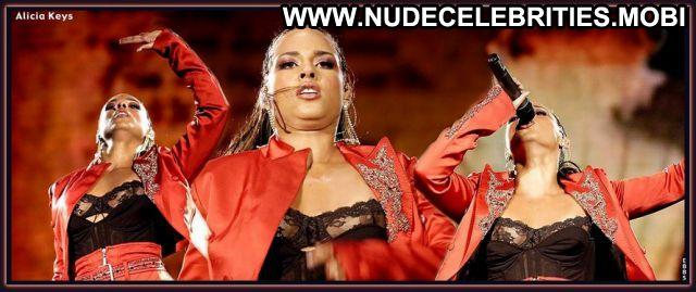 Alicia Keys No Source Nude Posing Hot Nude Scene Celebrity Celebrity