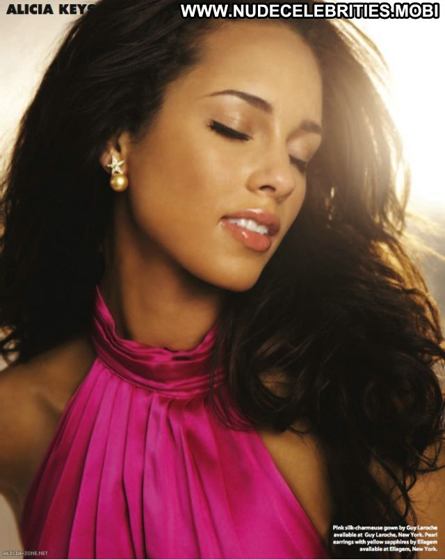Alicia Keys No Source Babe Nude Scene Celebrity Ebony Posing Hot Nude