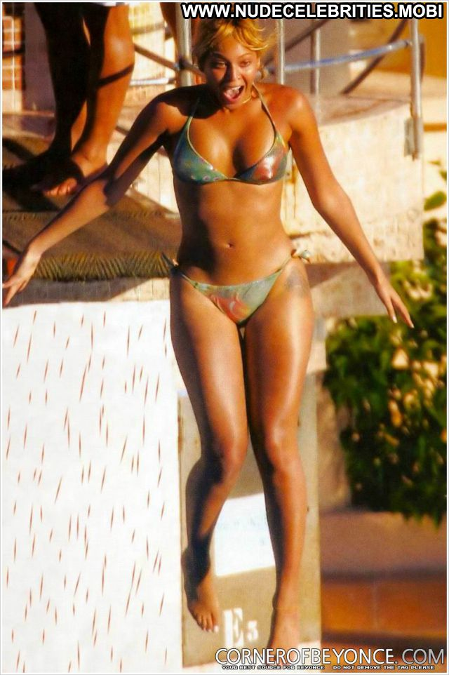 Beyonce Knowles No Source Celebrity Nude Hot Cute Babe Ebony Posing