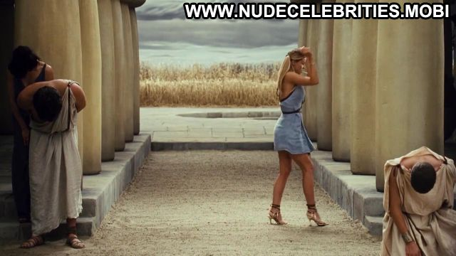 Carmen Electra Meet The Spartans Sexy Scene Celebrity Sexy Nude Scene