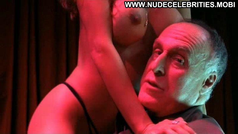sexy latina brunette babe nude