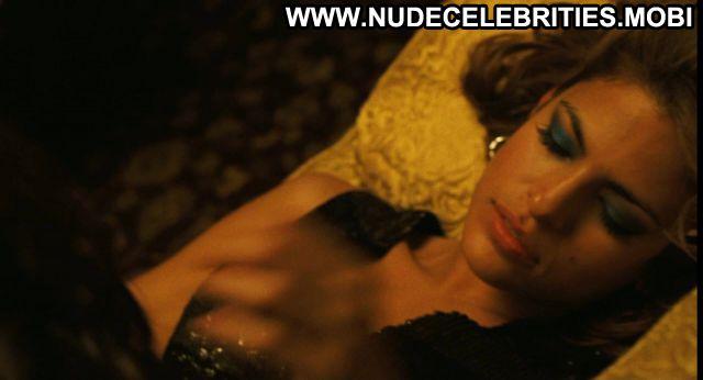 Eva Mendez We Own The Night Celebrity Nude Sexy Nude Scene Posing Hot