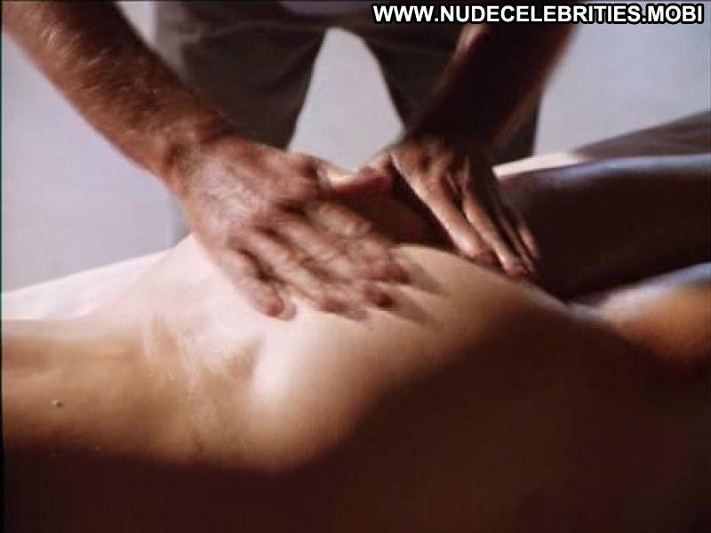 Busty milf julia naked