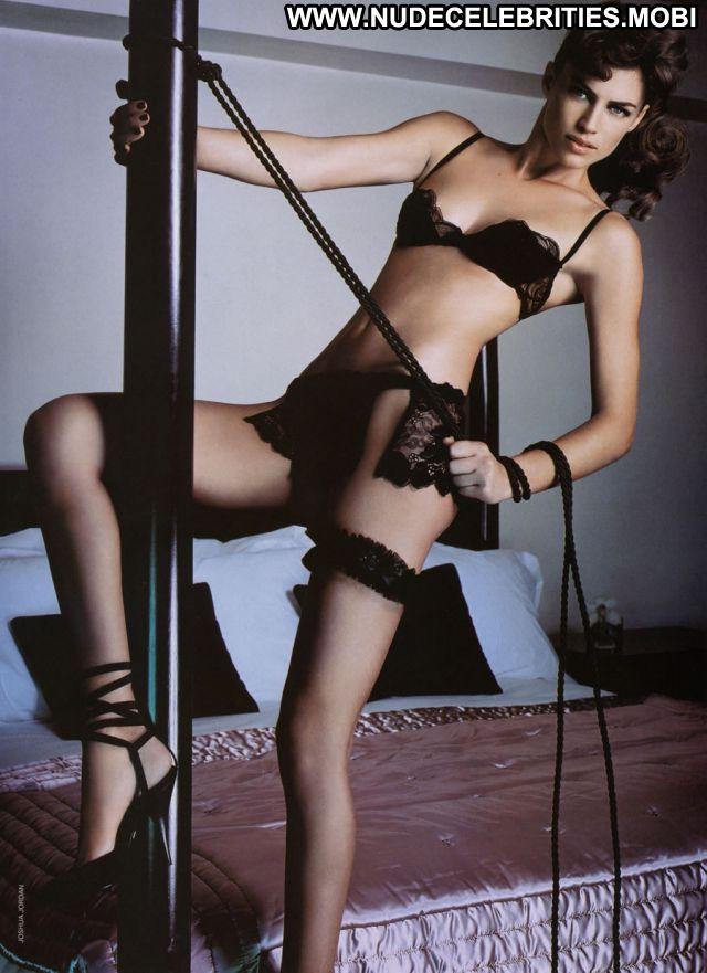 Daniela Urzi No Source Hot Babe Nude Scene Nude Celebrity Latina Cute