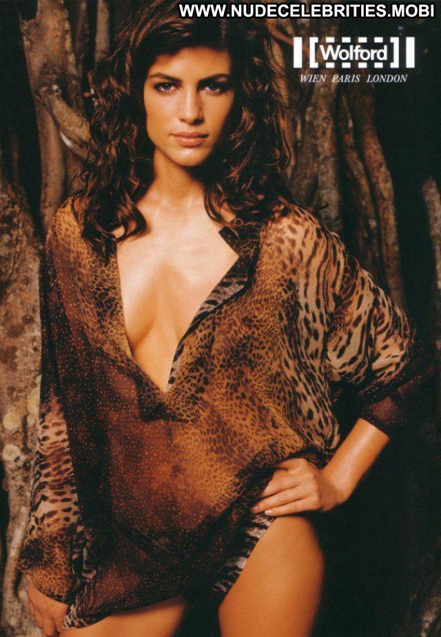 Daniela Urzi No Source Celebrity Latina Babe Nude Posing Hot