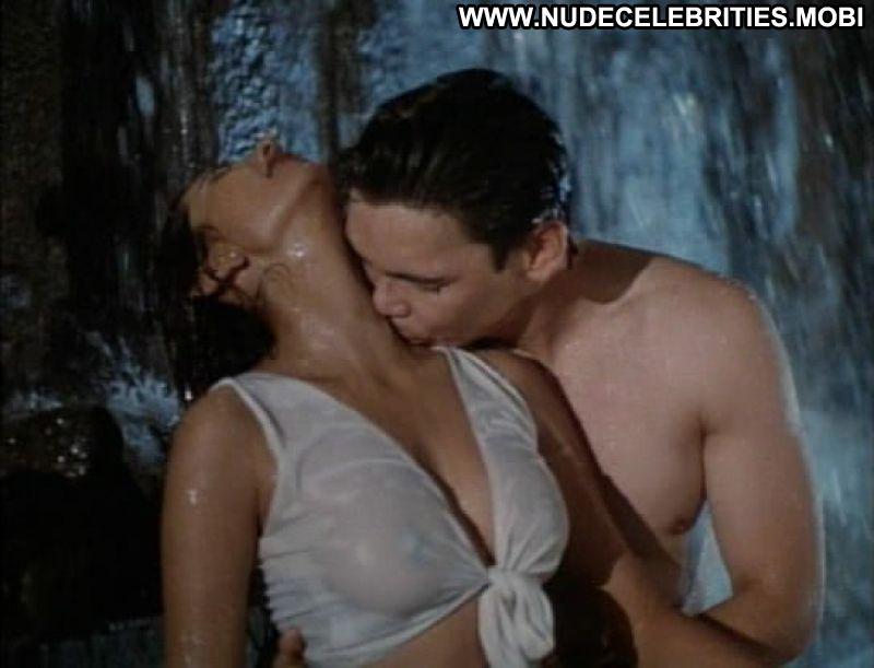 Deepti bhatnagar sex scenes