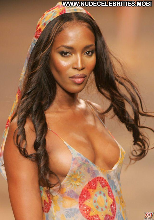 Naomi Campbell No Source Ass Nude Scene Nude Ebony Tits Celebrity