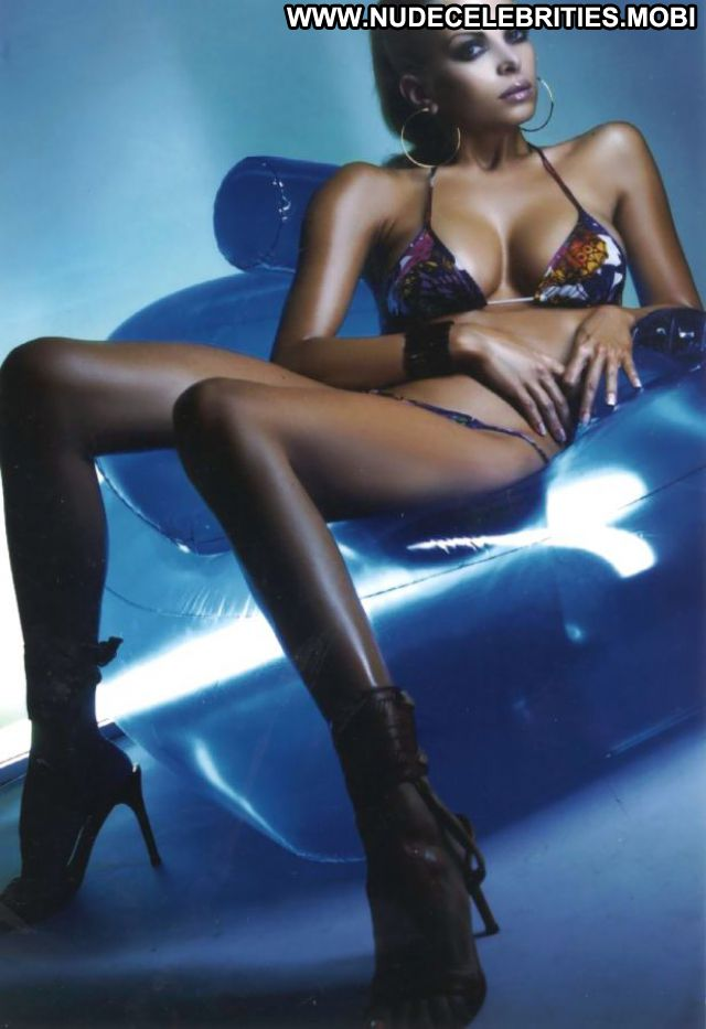 Nikolina Pisek No Source Tits Brunette Cute Hot Celebrity Nude Scene
