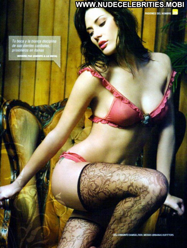 Dorismar No Source Posing Hot Brunette Posing Hot Nude Nude Scene