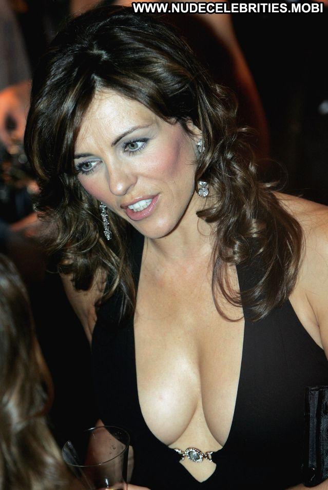 Elizabeth Hurley Nude Sexy Scene British Sexy Dress Gorgeous