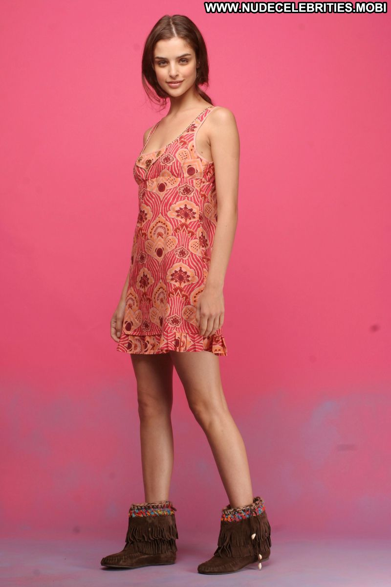 Fernanda Prada No Source Celebrity Posing Hot Babe