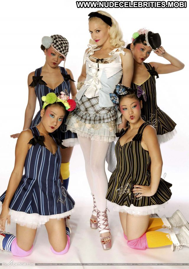 Gwen Stefani No Source Sexy Hot Celebrity Nude Scene Celebrity Babe