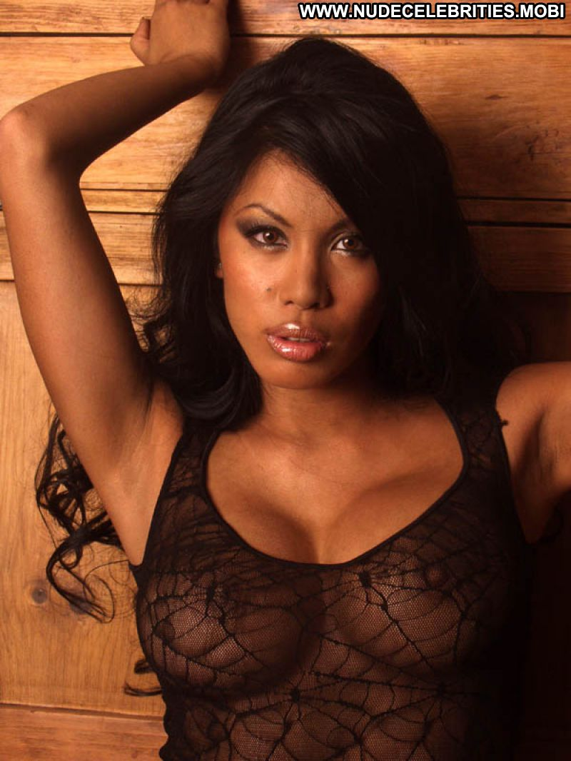 Leilene Ondrade Celebrity Posing Hot Babe Big Tits Blonde -9584