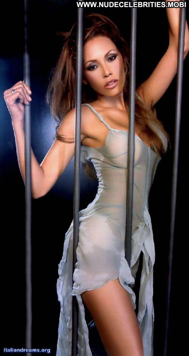 Linda Batista No Source  Ass Celebrity Nude Scene Posing Hot Cute Big