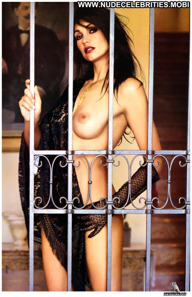 Luisa Corna No Source Cute Brunette Posing Hot Nude Scene Celebrity