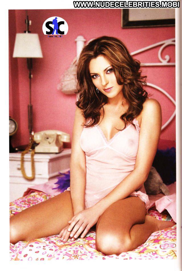 Mariana Ochoa No Source Celebrity Brown Hair Nude Ass Posing Hot
