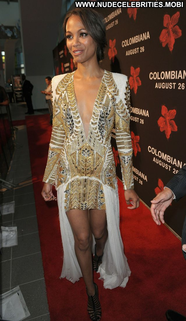Zoe Saldana No Source Nude Scene Posing Hot Hot Celebrity Cute Sexy
