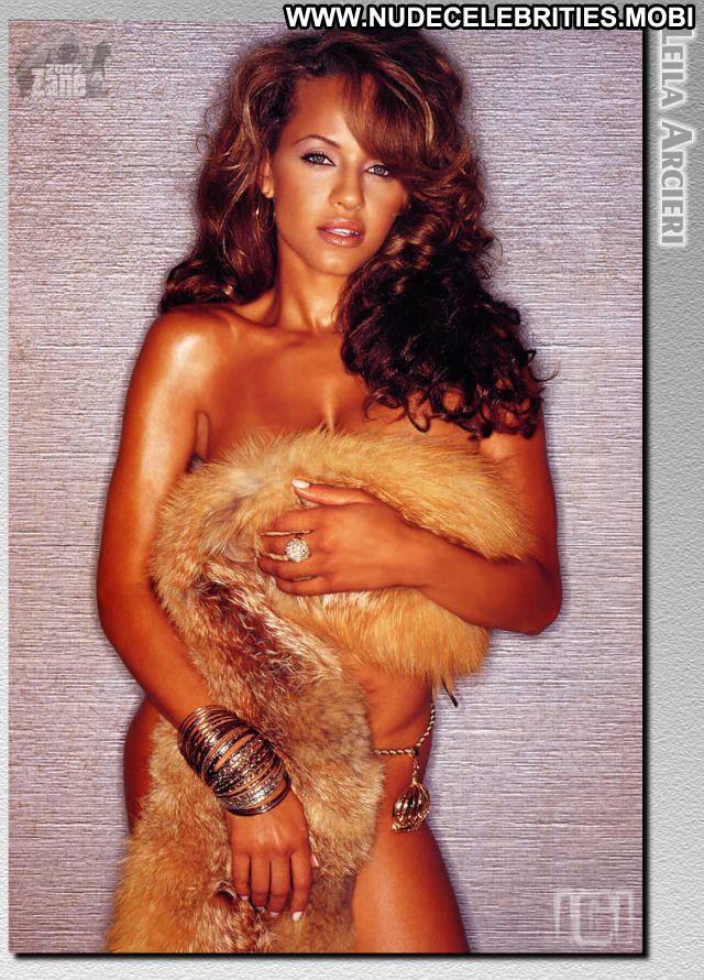 Leila Arcieri No Source Celebrity Babe Ebony Nude Scene Posing Hot