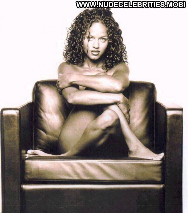 Leila Arcieri No Source Lingerie Babe Posing Hot Celebrity Nude Scene