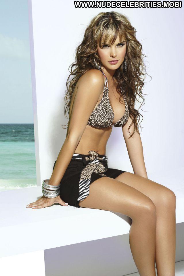 Melissa Giraldo No Source Celebrity Nude Scene Cute Nude Big Ass Hot