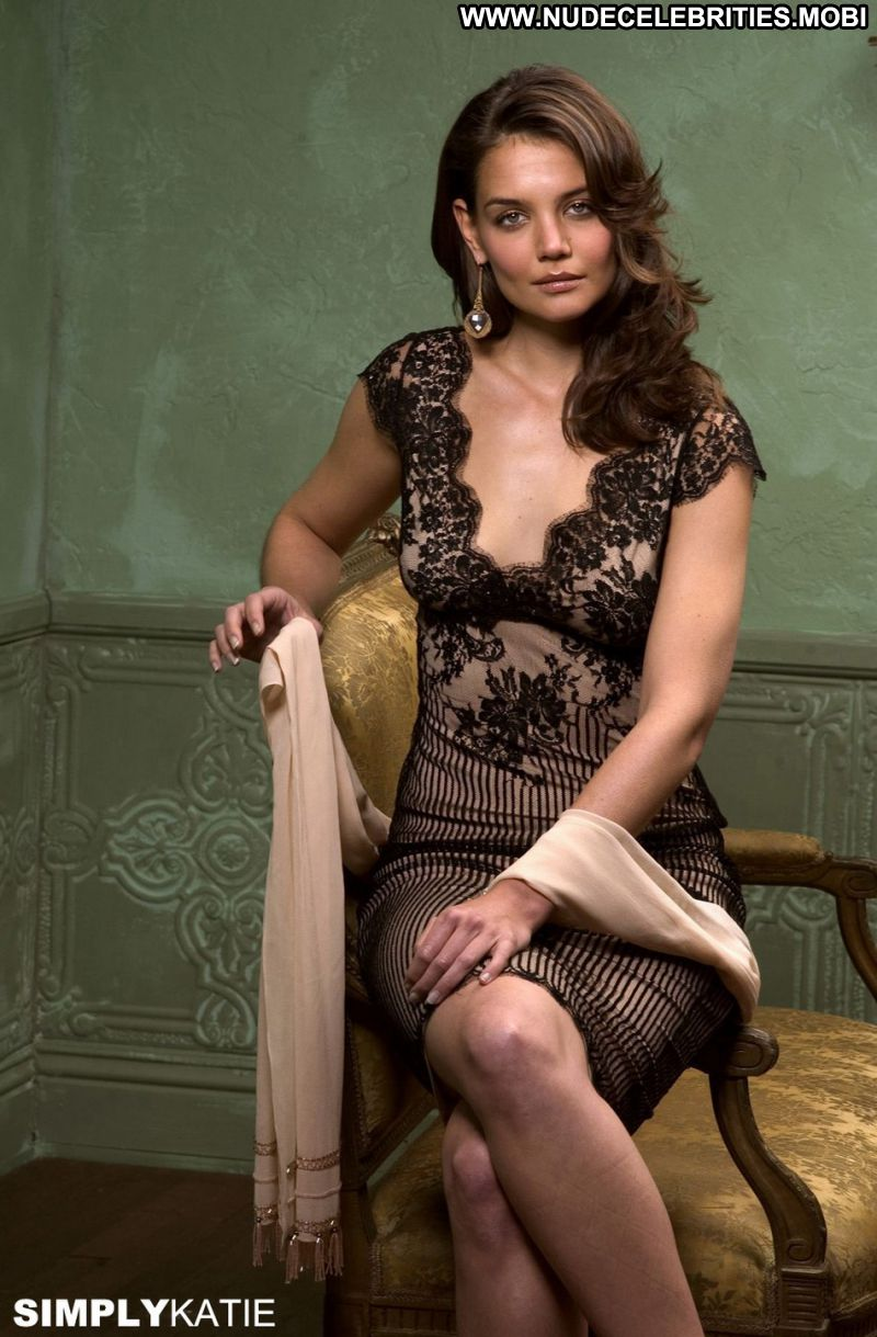 Katie Holmes Cute Babe Posing Hot Celebrity Photos and Videos