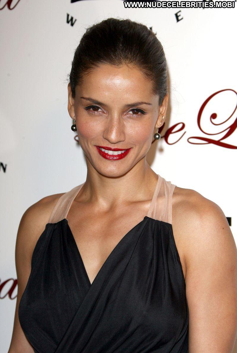 Leonor Varela Cute Babe Posing Hot Celebrity Photos and Videos