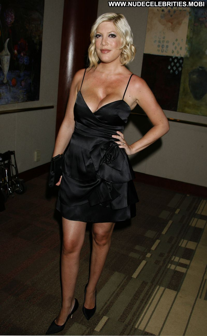 Elisabeth Shue No Source Celebrity Posing Hot Babe