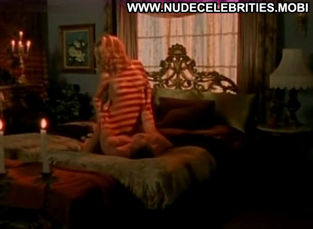 Julia Kruis Bedtime Stories Stunning Pretty Medium Tits Celebrity