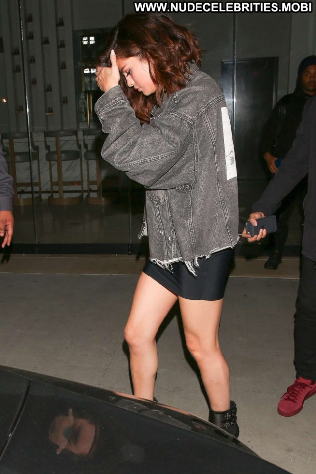 Selena Gomez No Source  Posing Hot Paparazzi Babe Hollywood Beautiful