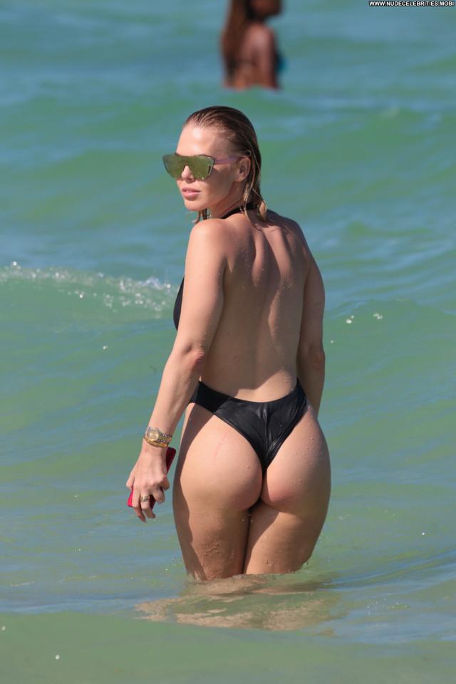 Bianca Elouise Anna Nicole Celebrity Legs Babe Desi Singer Summer Xxx