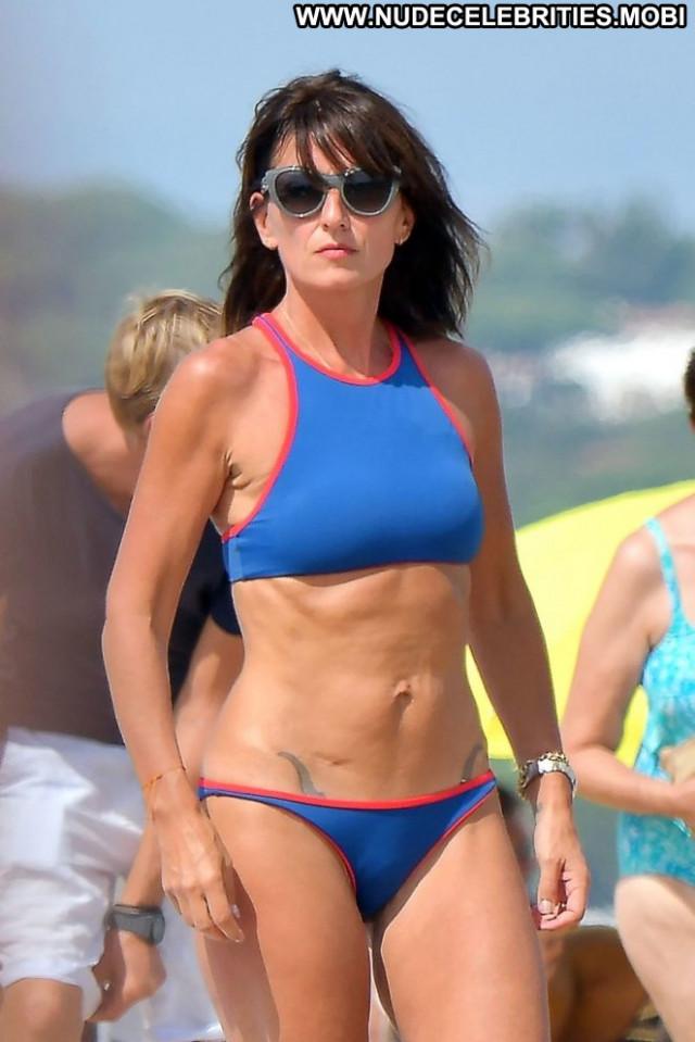 Davina Mccall The Beach Posing Hot Paparazzi Beach Babe Celebrity