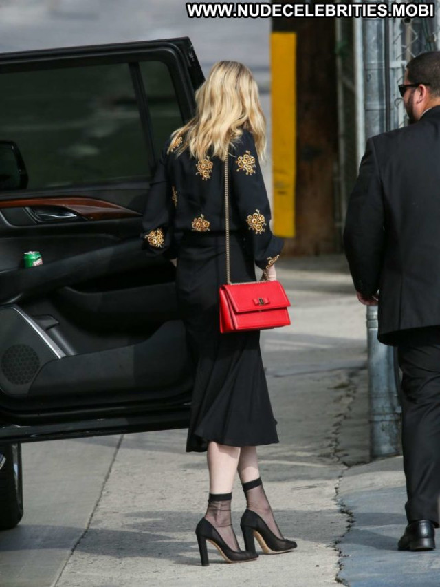 Kirsten Dunst Jimmy Kimmel Live Posing Hot Paparazzi Beautiful Babe