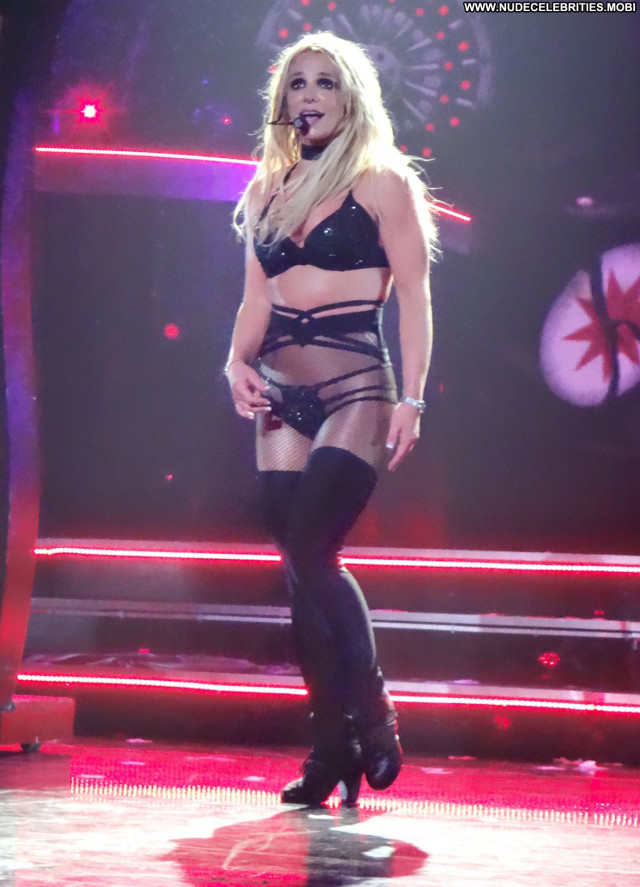 Britney Spears Las Vegas Actress Babe Live Stage Solo International