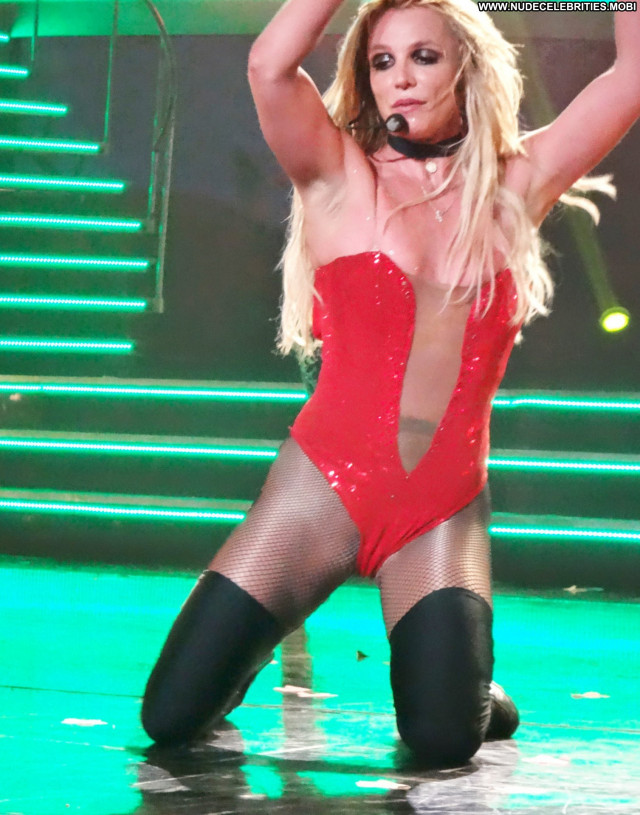 Britney Spears Las Vegas Actress Celebrity Singer Babe Live Posing
