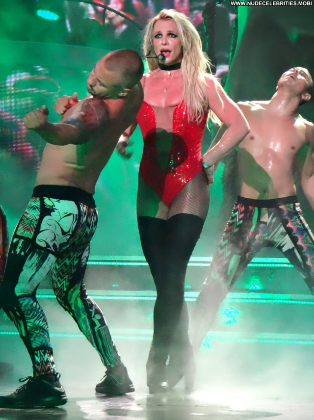 Britney Spears Las Vegas Babe Actress Beautiful Lingerie Oops
