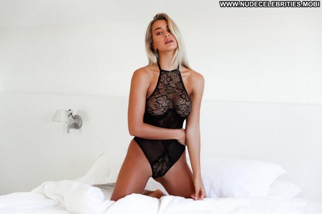 Madison Edwards Topless Photoshoot Ass Topless Indonesia Photoshoot