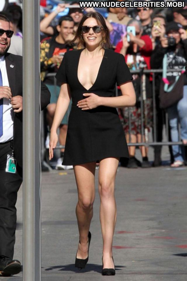 Elizabeth Olse Jimmy Kimmel Live Celebrity Paparazzi Live Posing Hot