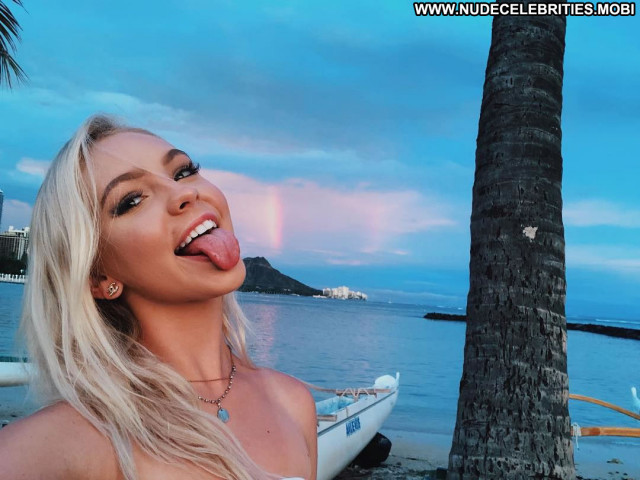 Natalie Jayne Roser The Beach Beautiful Celebrity Beach Bikini