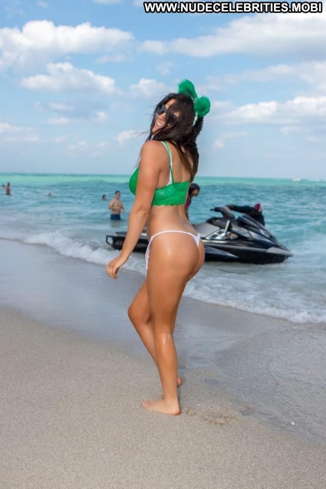 Celebrity Anna Nicole Thong Male Italian Bus Nyc Bikini Celebrity Bar