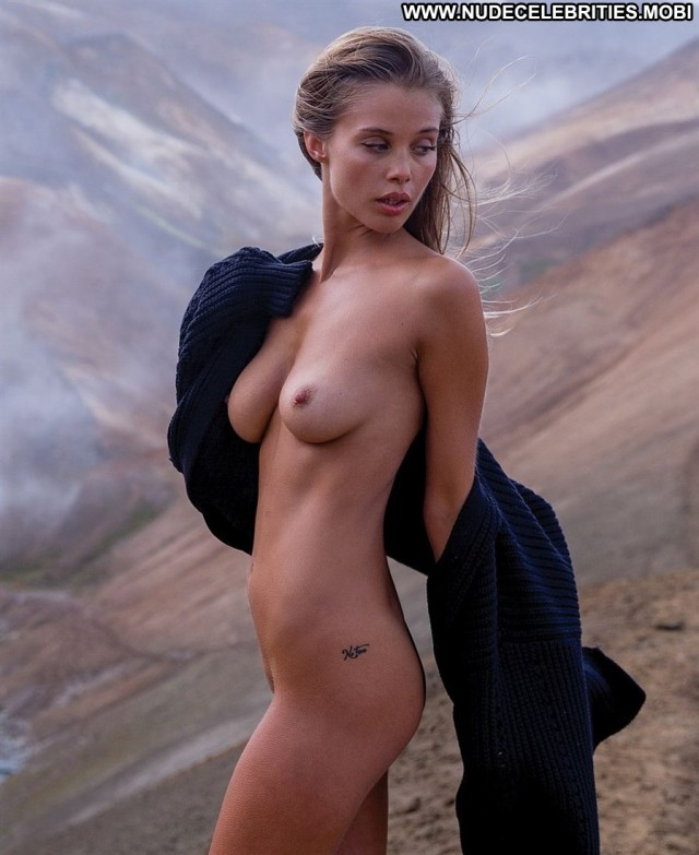 Allie Leggett The Mountain Posing Hot Babe Beautiful Nice Photoshoot