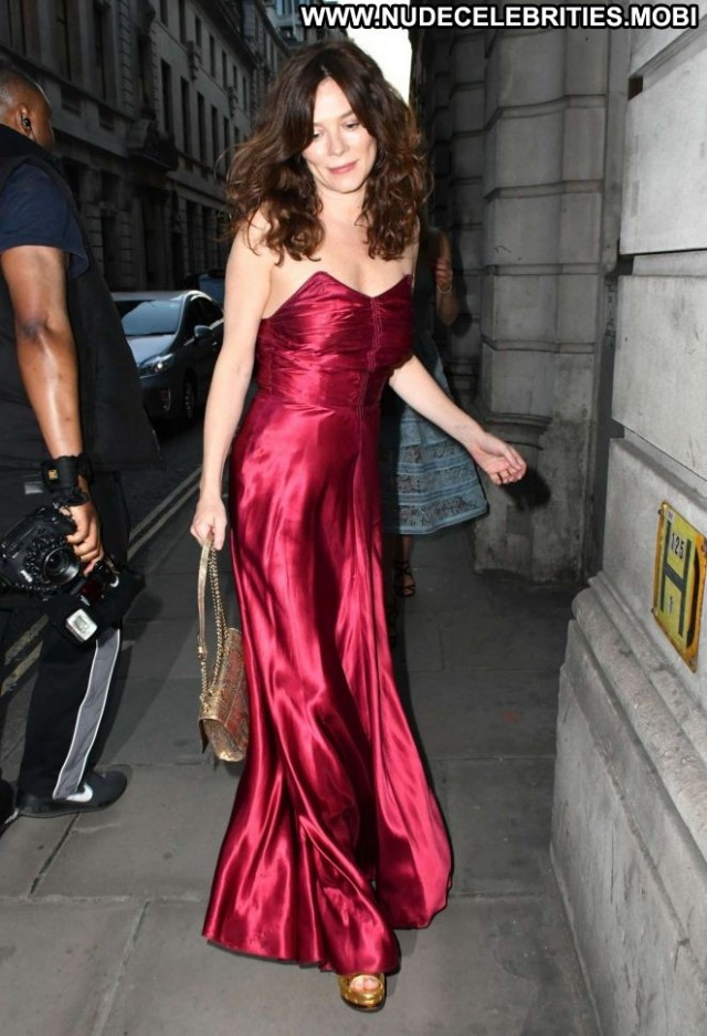 Anna Friel No Source  London Celebrity Posing Hot Beautiful Paparazzi