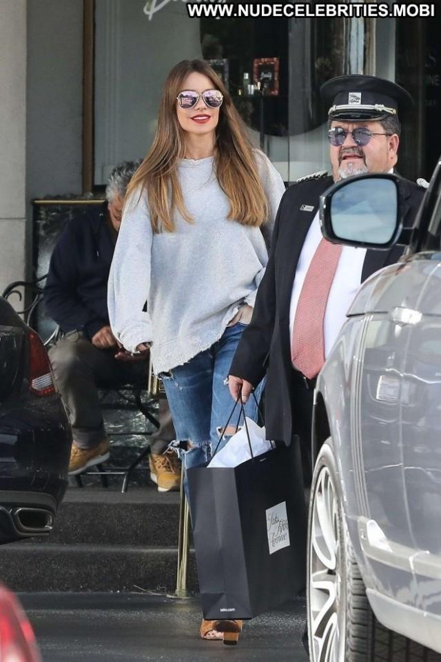 Sofia Vergara No Source Babe Celebrity Shopping Posing Hot Beautiful