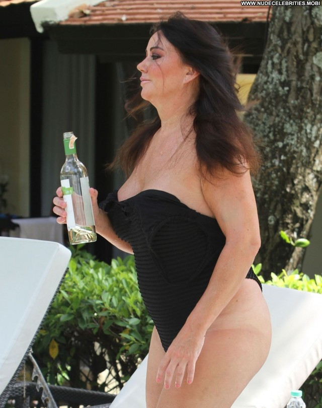 Lisa Appleton Big Brother Hot Sexy Sex Swimsuit Pool Toples Babe Bar