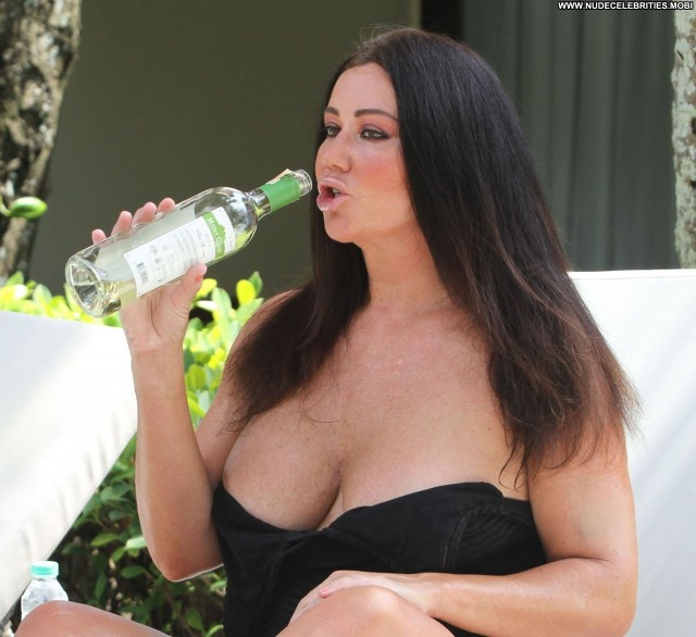 Lisa Appleton Big Brother Sexy Poolside Topless Posing Hot Resort