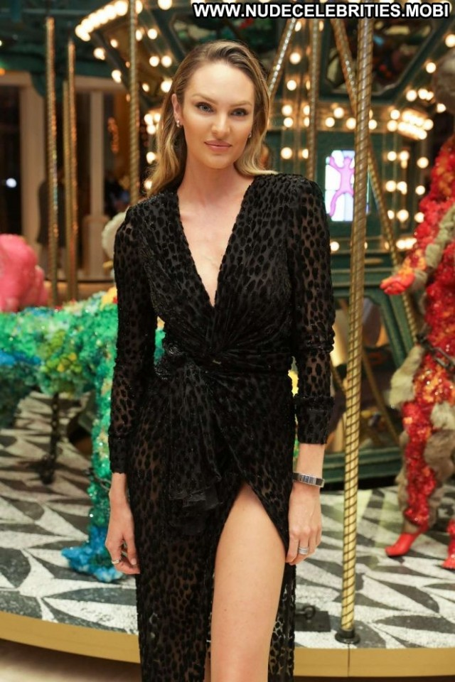 Candice Swanepoel No Source Celebrity Beautiful Babe Paparazzi Posing