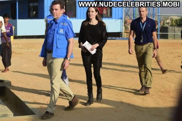 Angelina Jolie No Source  Paparazzi Bangladesh Posing Hot Babe